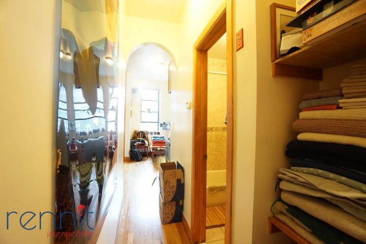 823 Saint Johns Place, Apt 3D Image 4