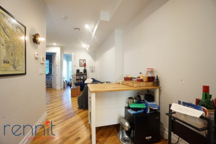 1028 Madison Street, Apt 5 Image 1