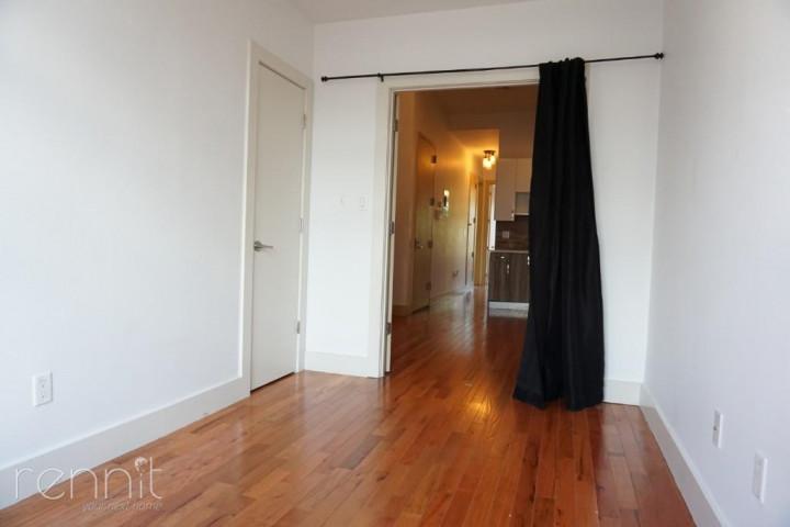 218 Boerum Street, Apt 3L Image 7