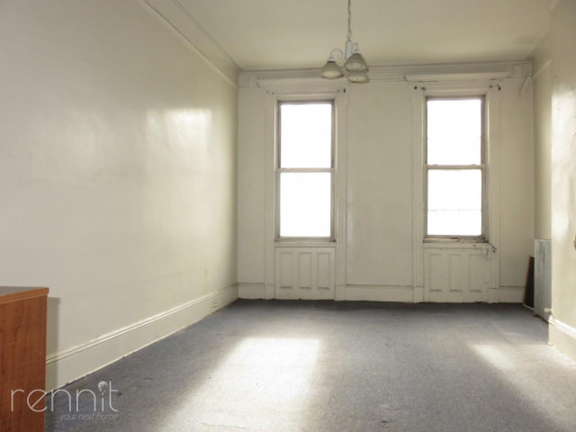 66-03 FOREST AVE., Apt 2L Image 4
