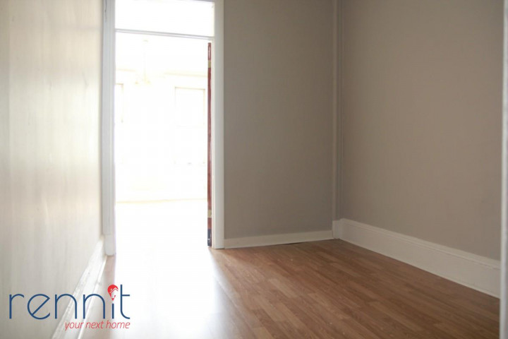 66-03 FOREST AVE., Apt 2L Image 3