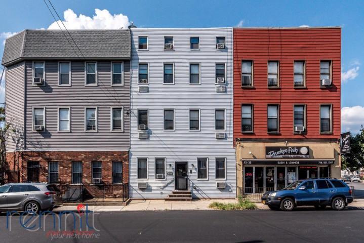 52-33 Metropolitan Ave, Apt 3L Image 21