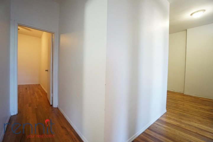 1 Spencer Court, Apt 4C Image 3