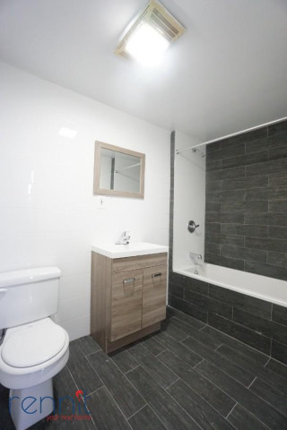 141 Spencer Street, Apt 210 Image 5