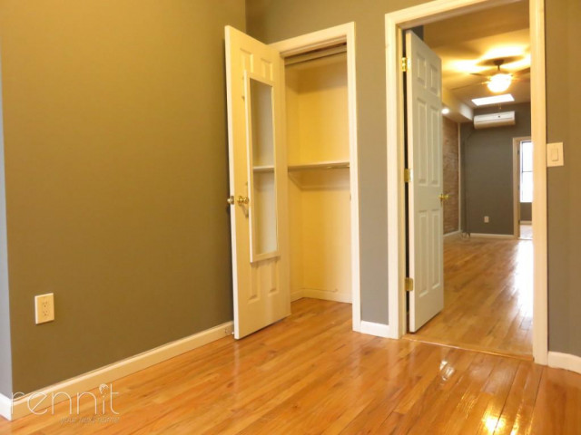 677 Lincoln Place, Apt 7 Image 8