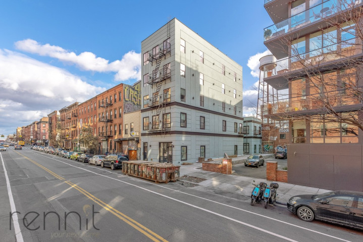 58 Greenpoint Ave, Apt 5B Image 12