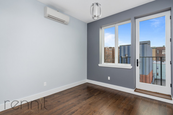 311 Wilson Ave, Apt 4A Image 10