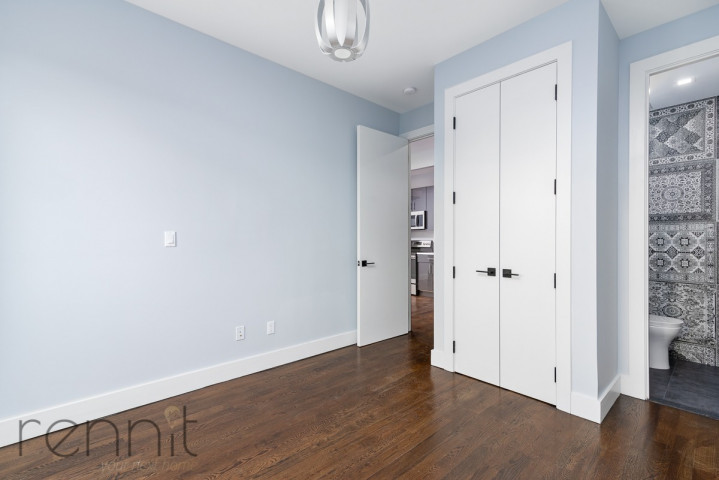 311 Wilson Ave, Apt 4A Image 5