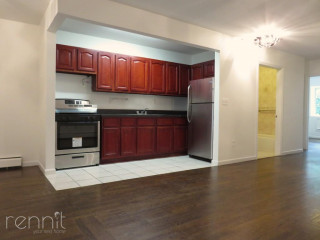 112                      MADISON ST., Apt 2A
