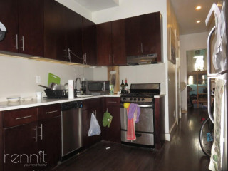 22                      Harrison Place, Apt 1A