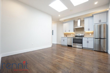 58                  Greenpoint Ave, Apt 2D