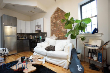 381                  South 3rd St, Apt 4C