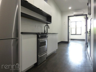 1042                  FLUSHING AVE., Apt 3L