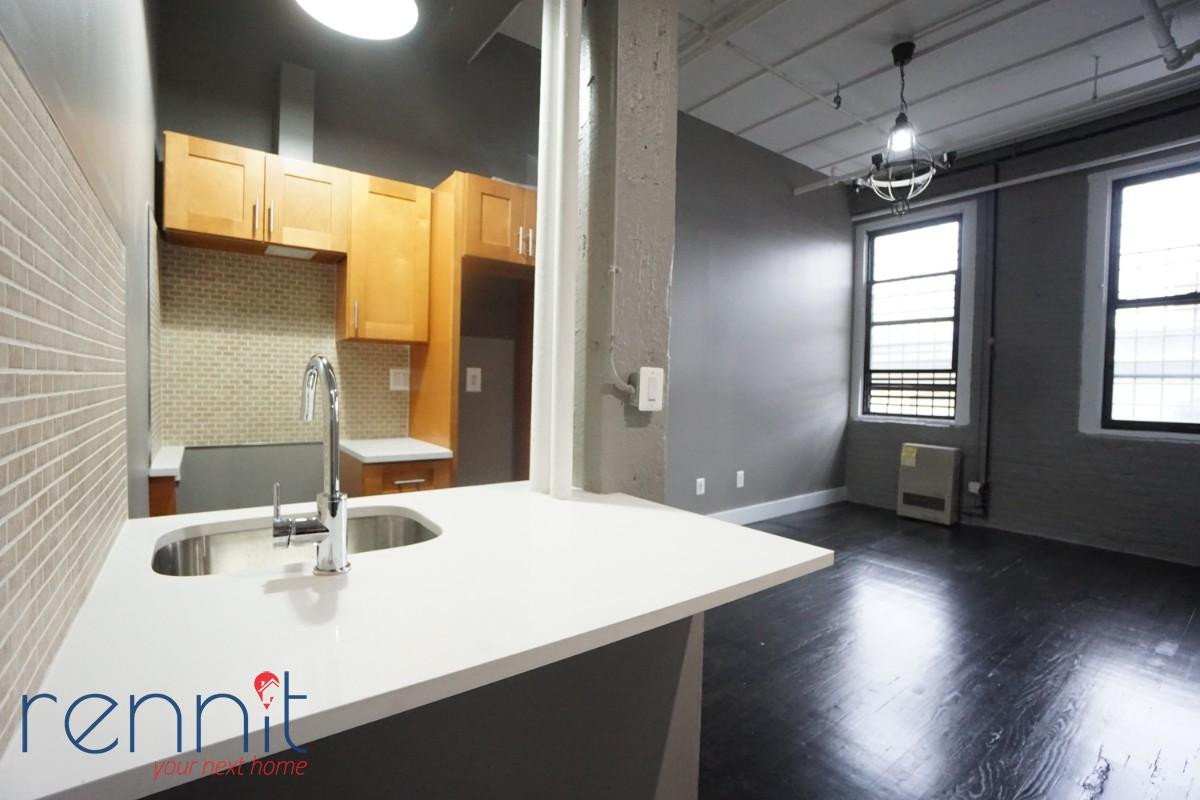 141 Spencer Street, Apt 210 Image 1