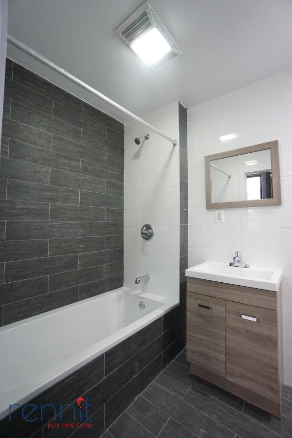 141 Spencer Street, Apt 204 Image 10