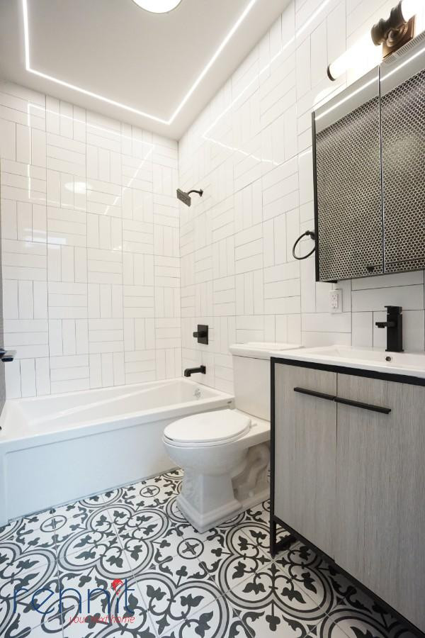 58 Greenpoint Ave, Apt 2D Image 9