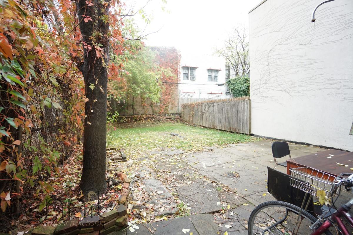 978 metropolitan Ave, Apt 1 Image 7