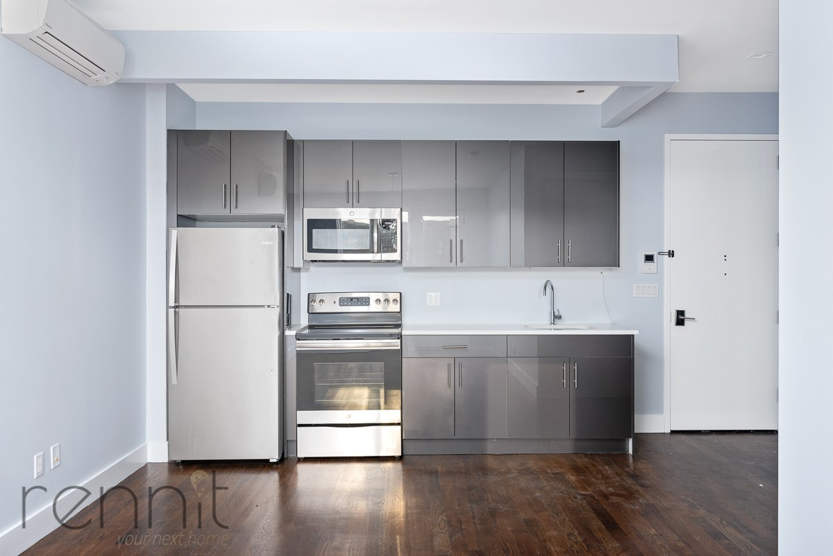 311 Wilson Ave, Apt 4A Image 4