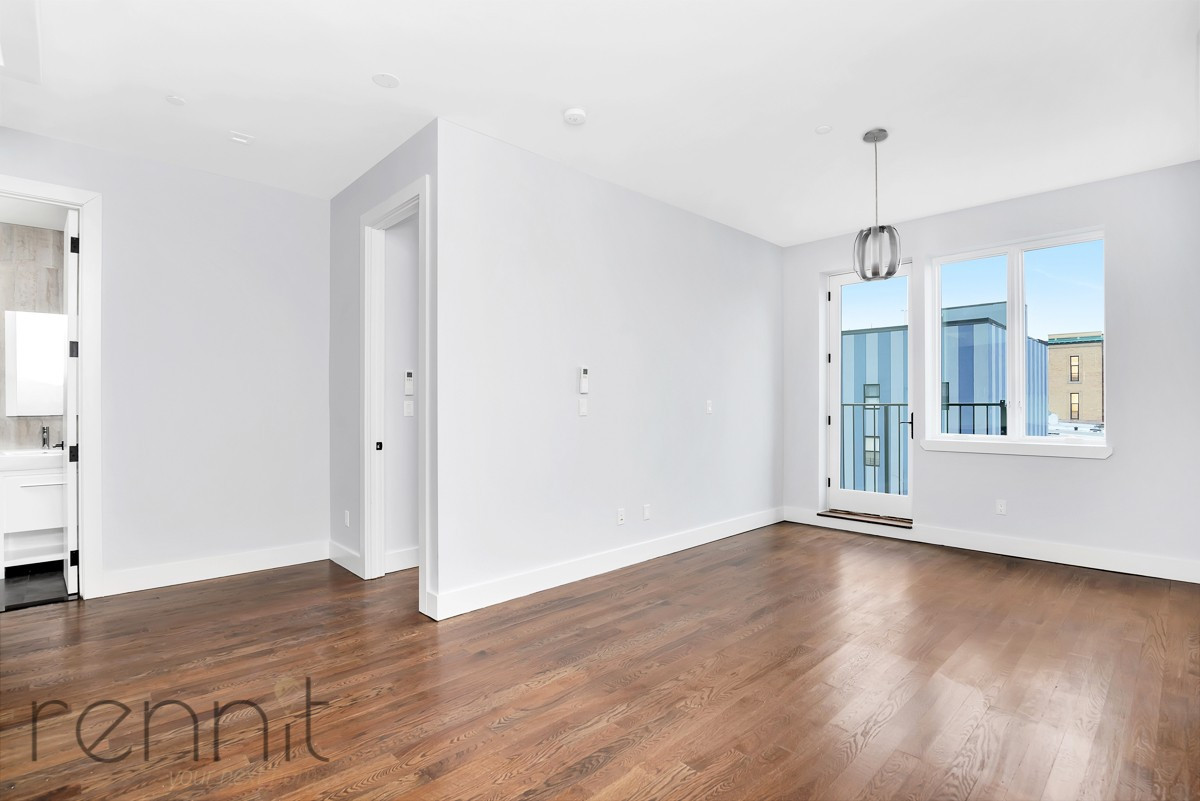311 Wilson Ave, Apt 4A Image 1