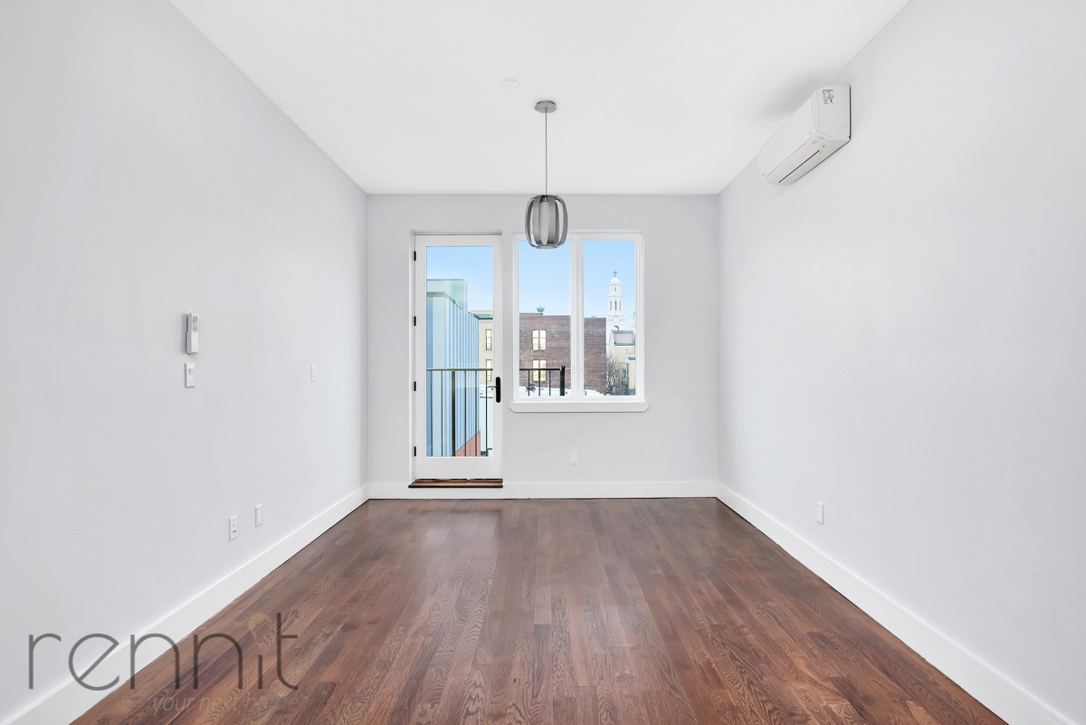 311 Wilson Ave, Apt 4A Image 6