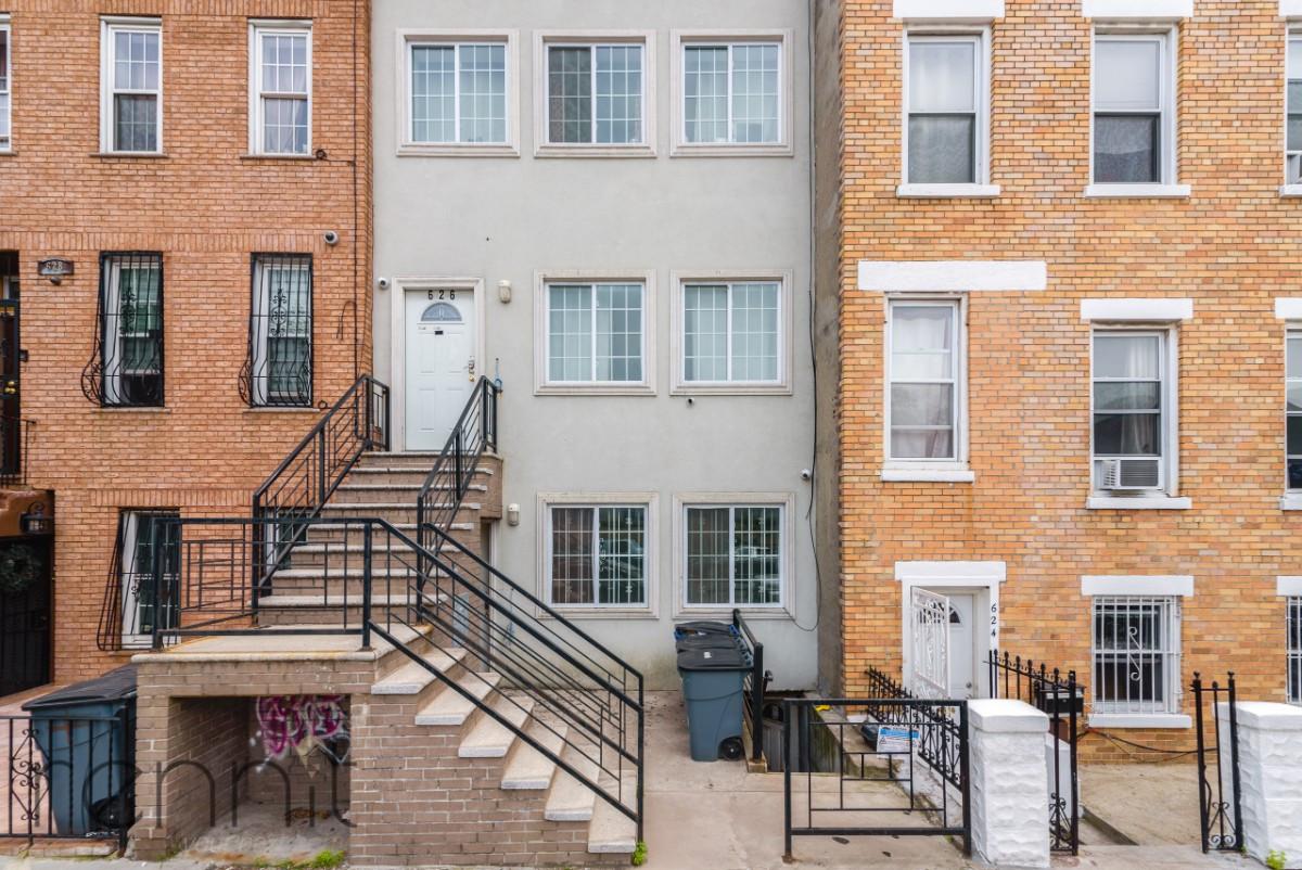 626 Lafayette Avenue, Apt 1 Image 10