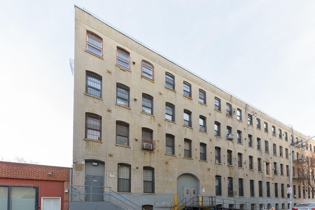 141 Spencer Street, Apt 401 Image 1