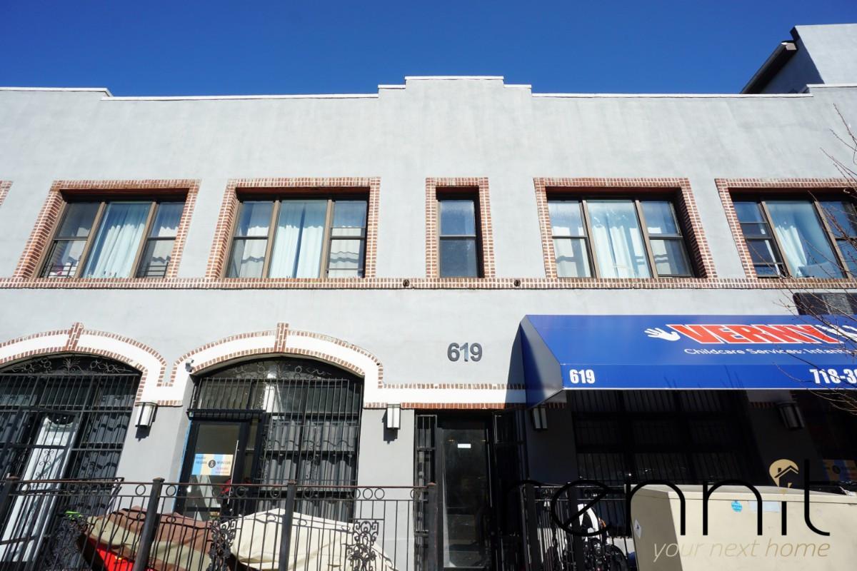 619 hancock street, Apt 6 Image 5