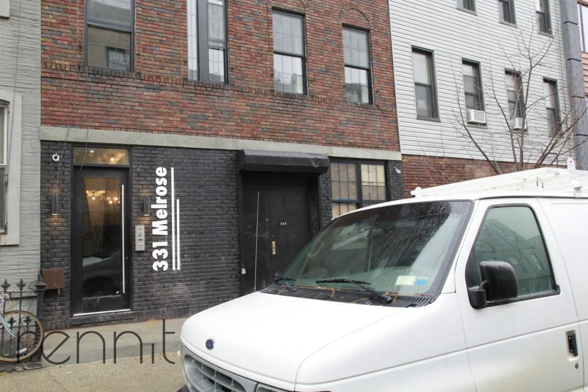 331 Melrose Street, Apt 3L Image 17
