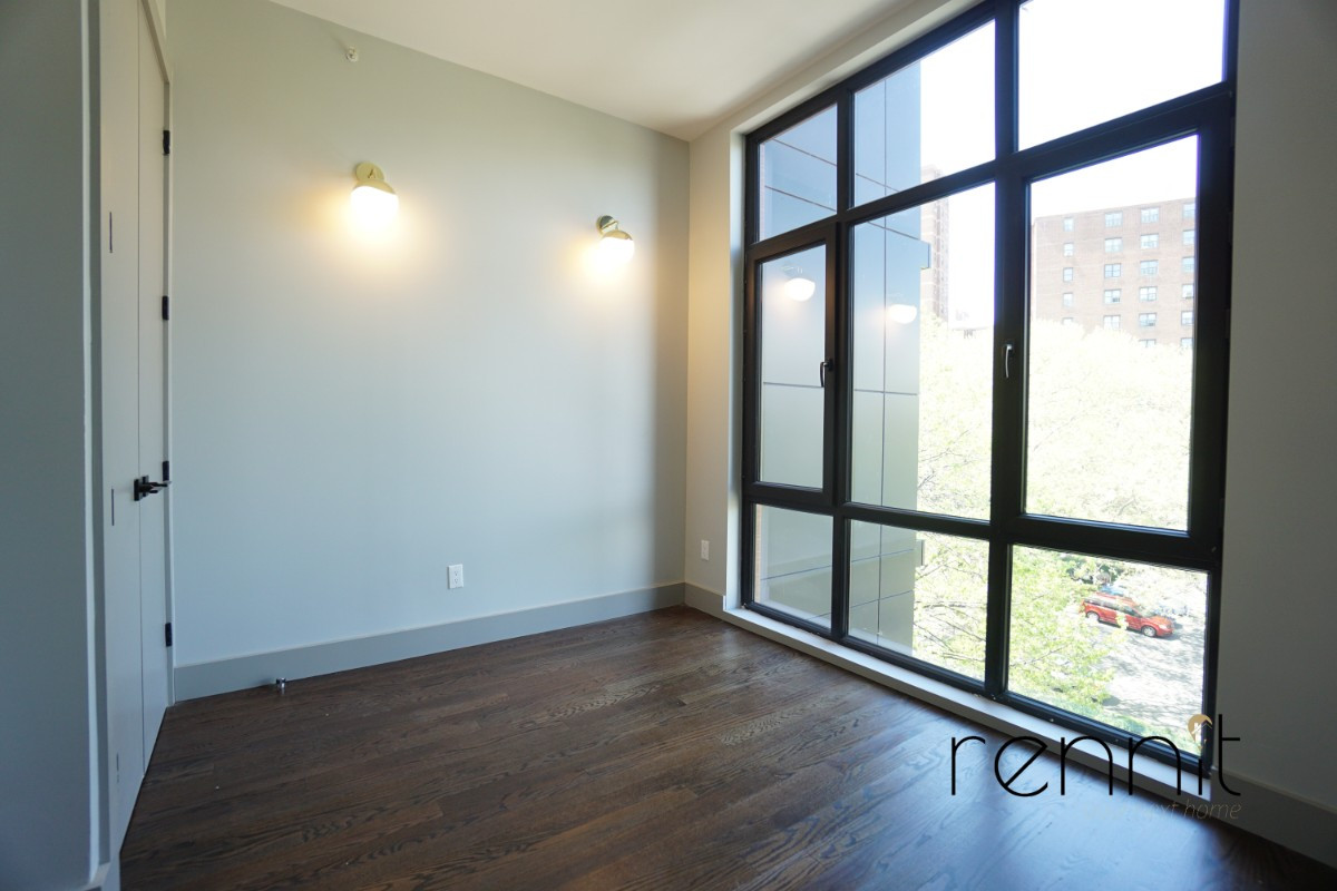 263 Franklin Avenue, Apt 5C Image 8