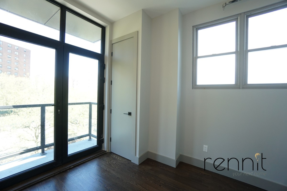 263 Franklin Avenue, Apt 5C Image 6