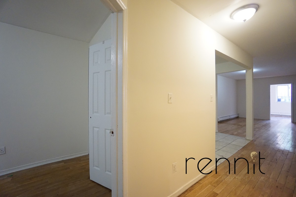 793 lexington avenue, Apt 2 Image 8
