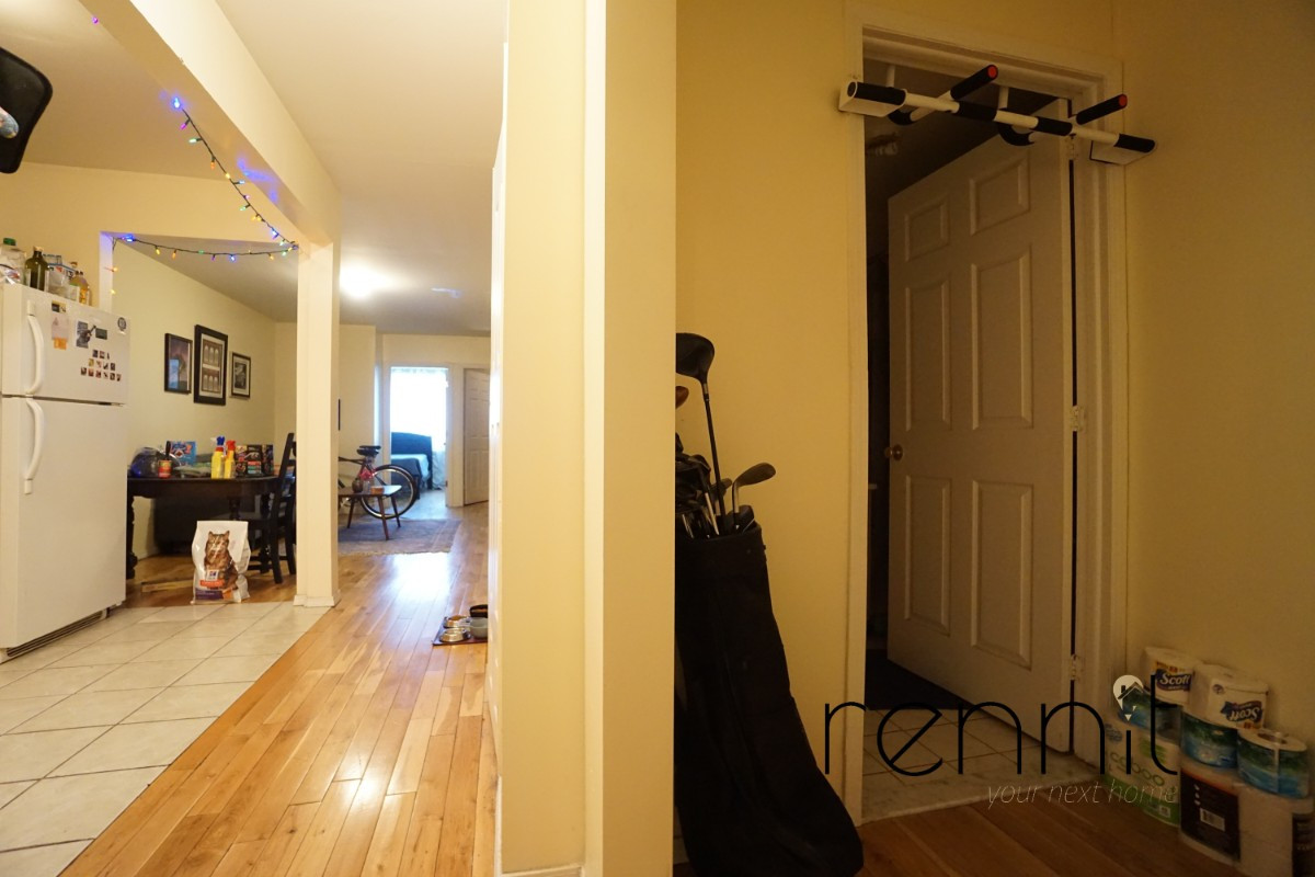 793 lexington avenue, Apt 2 Image 17