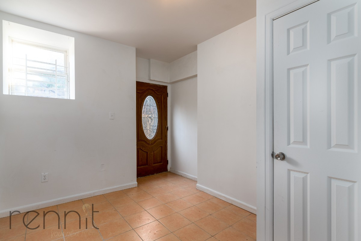 1107 IRVING AVE, Apt 1A Image 10