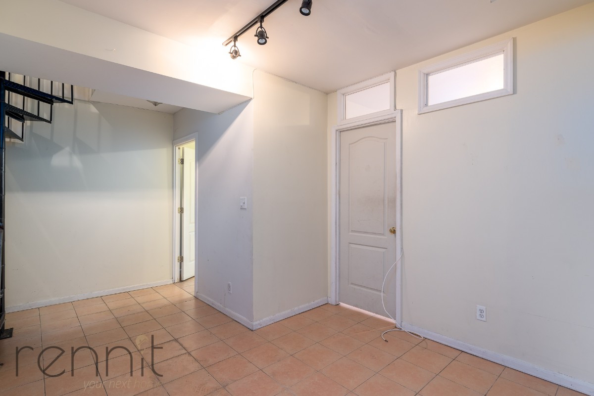 1107 IRVING AVE, Apt 1A Image 11