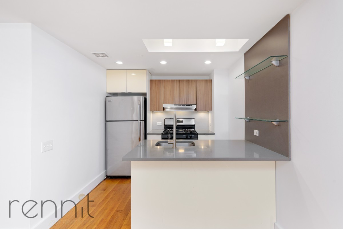 616 WILLOUGHBY AVE., Apt 3B Image 4