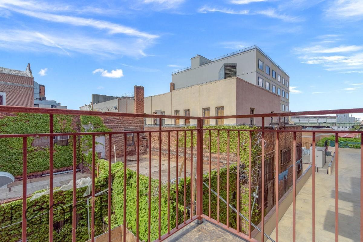 831 Monroe Street, Apt 3R Image 1