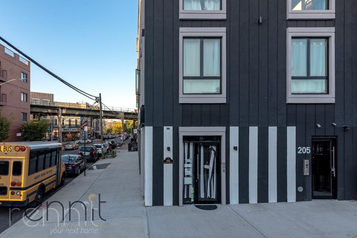 205 Central Avenue, Apt 2B Image 17