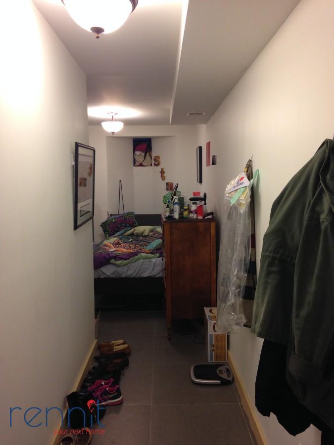 218 Boerum Street, Apt 1L Image 18