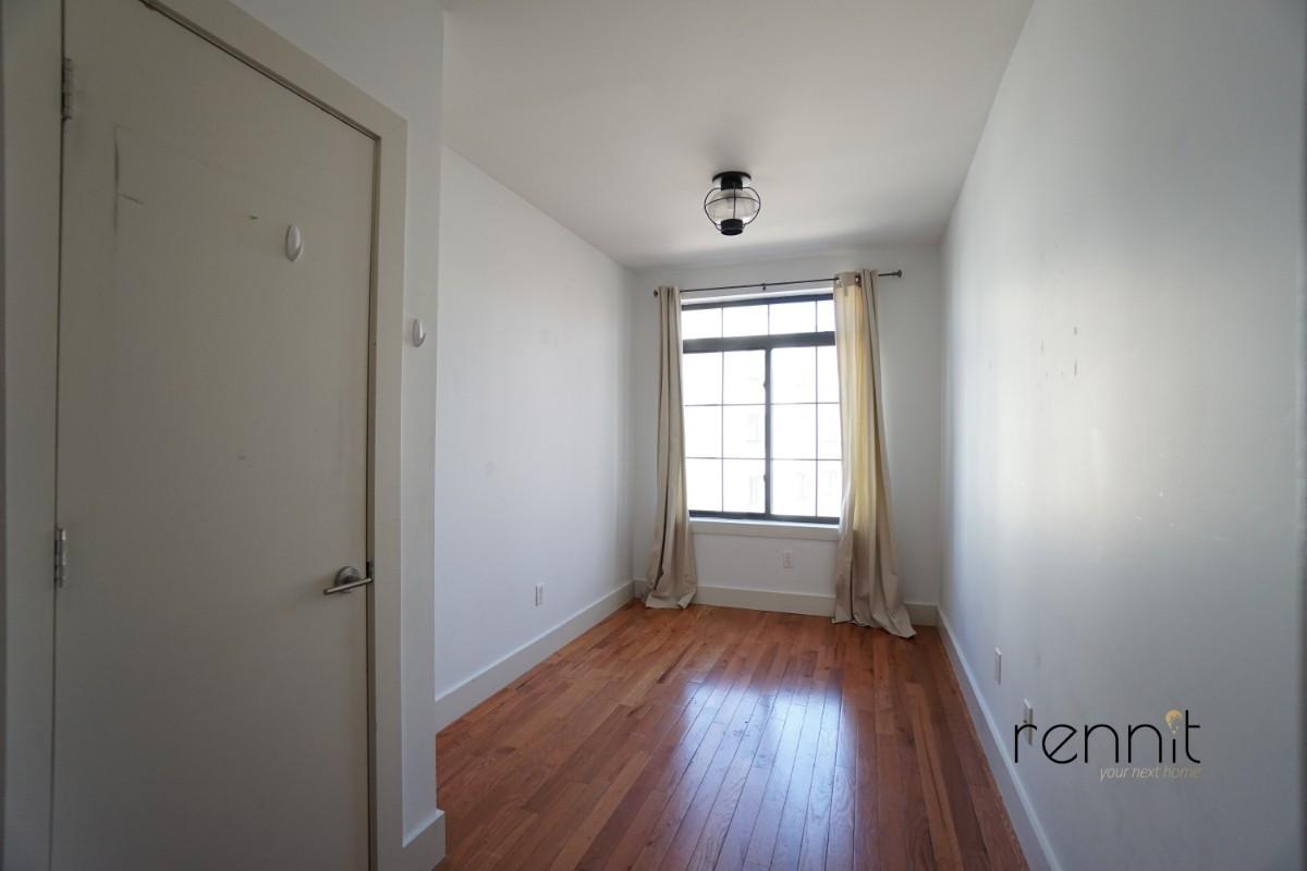 218 Boerum Street, Apt 3L Image 11