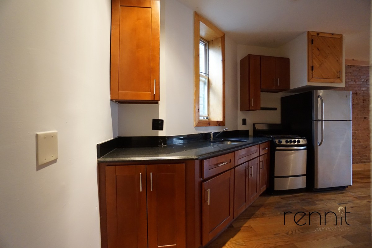 645 Willoughby Ave, Apt 2 Image 22