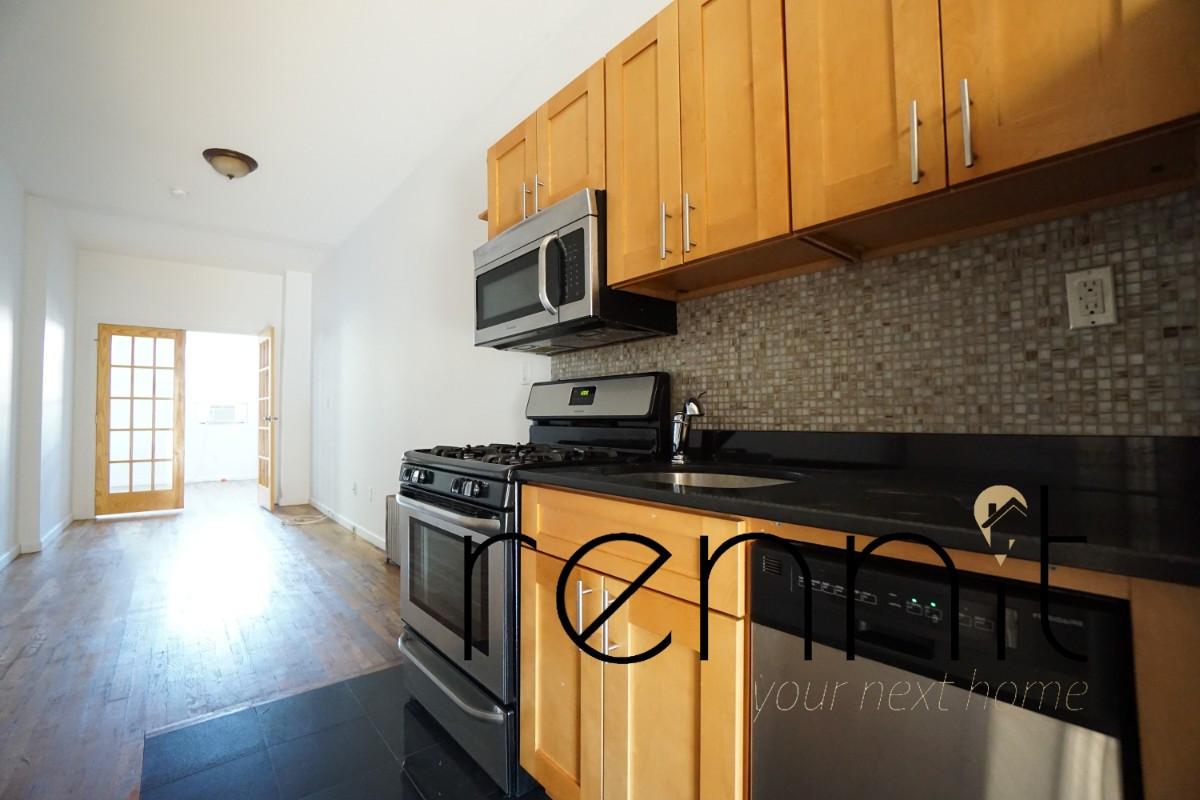 864 Metropolitan Avenue, Apt 2L Image 5