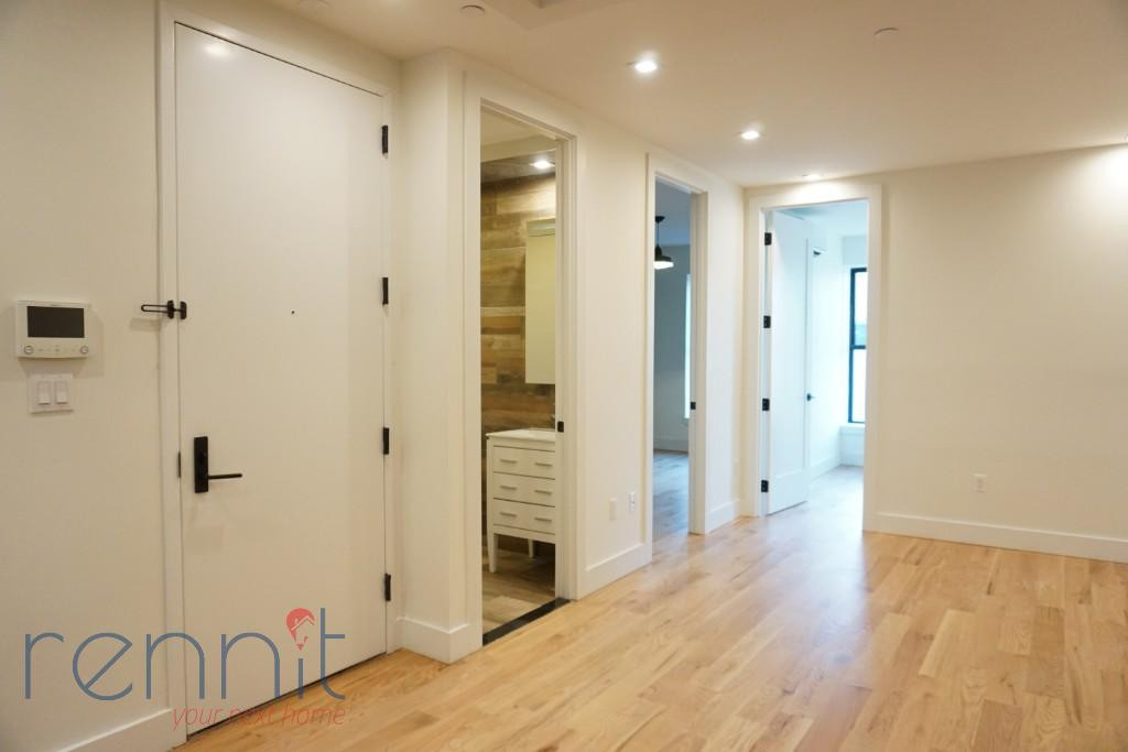 800 KNICKERBOCKER AVE., Apt 3 Image 4
