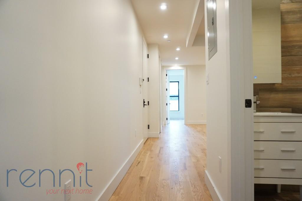 800 KNICKERBOCKER AVE., Apt 3 Image 11