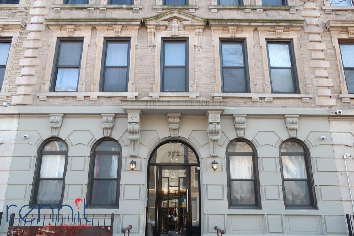 772 Jefferson Avenue, Apt 1R Image 16