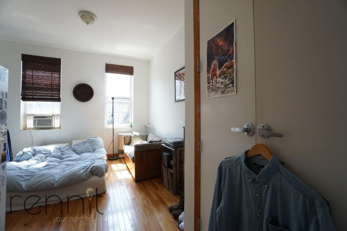 235 Troutman Street, Apt 2R Image 4