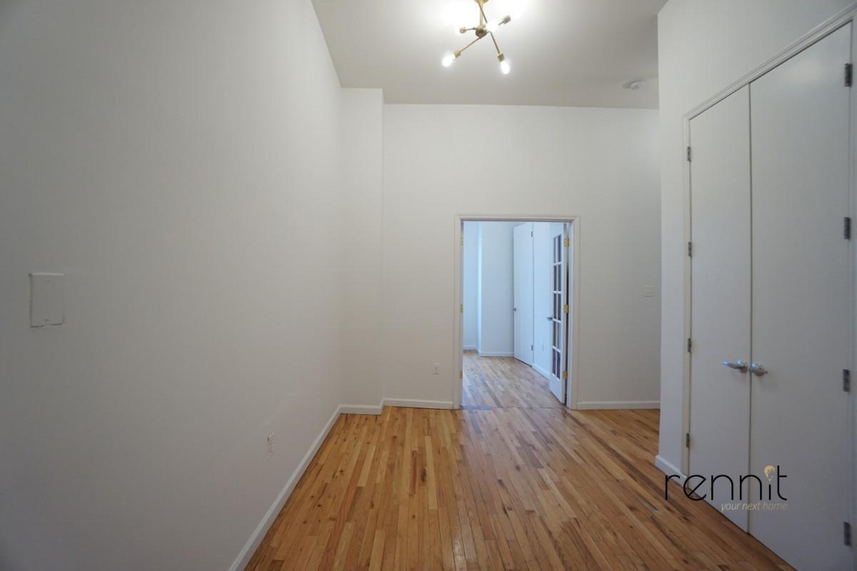 235 Troutman Street, Apt 3L Image 12