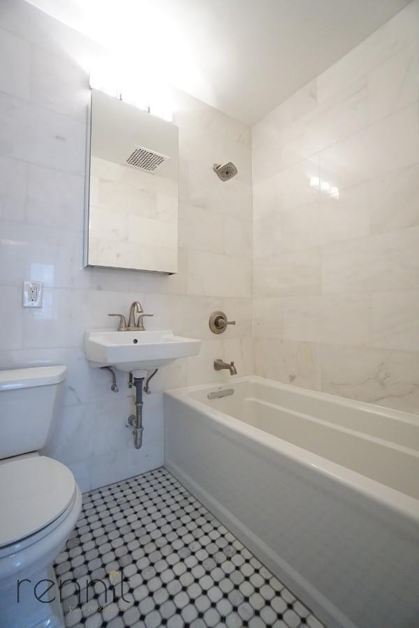 128 east 62nd street, Apt 3F Image 9