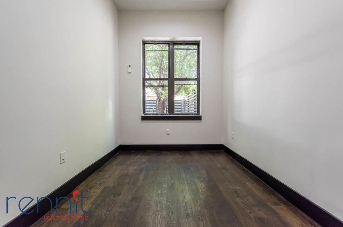 1042 FLUSHING AVE., Apt 1 Image 4