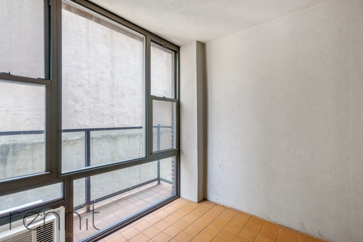 616 WILLOUGHBY AVE., Apt 2B Image 8