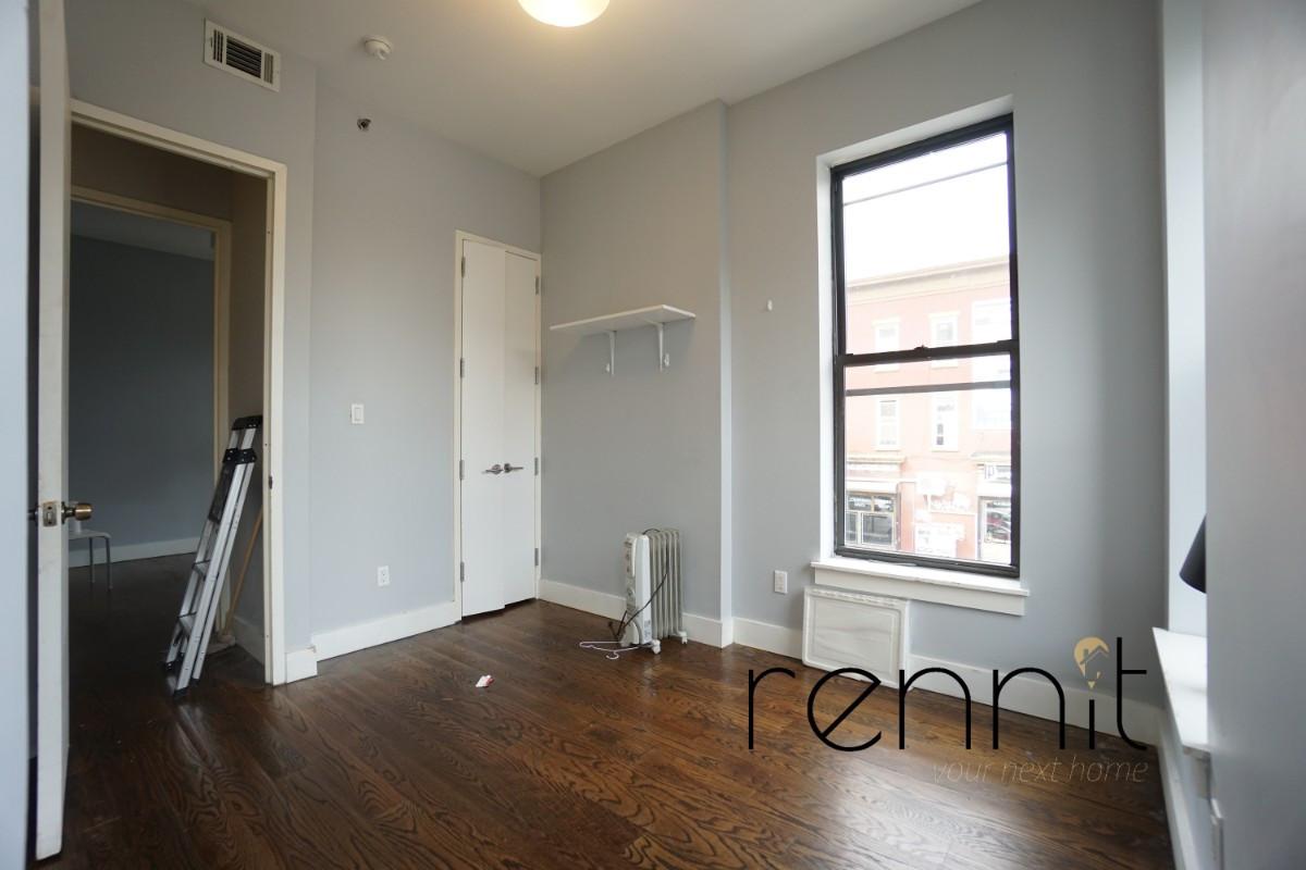 160 Quincy Street, Apt 2 Image 11